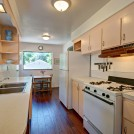 Kitchen w/ Breakfast Nook